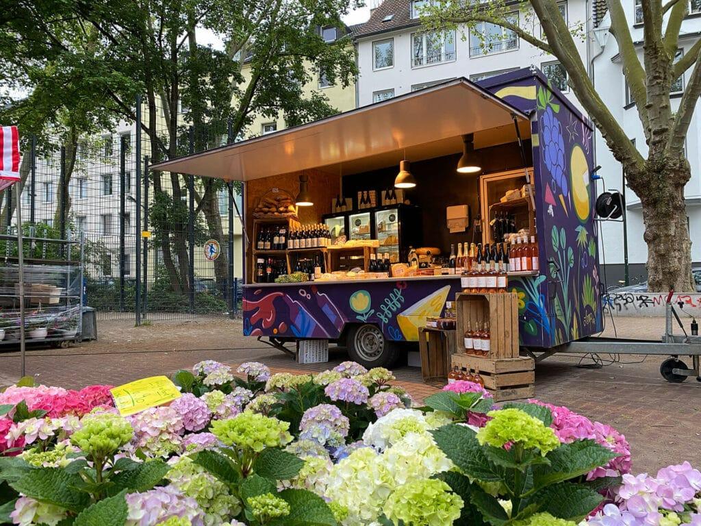 Unser Anhänger auf dem Wochenmarkt auf dem Hermannplatz